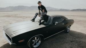 Corey Taylor (Slipknot/Stone Sour) a mis aux enchères 10 guitares signées et un piano à queue pour une œuvre de bienfaisance