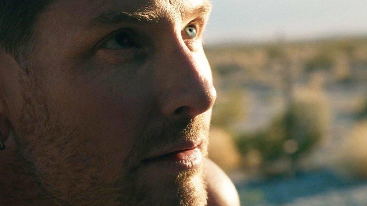 Corey Taylor (Slipknot/Stone Sour) publie un clip vidéo pour Black Eyes Blue