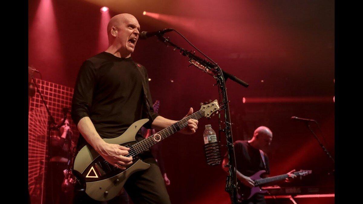 Devin Townsend sort une vidéo live de Genesis (extrait de son nouveau Blu-ray/DVD live)