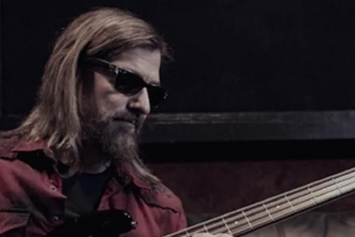 """L'ancien bassiste de Megadeth, James Lomenzo, déclare que le PDG de Spotify, Daniel Ek, """"devrait être en prison"""""""