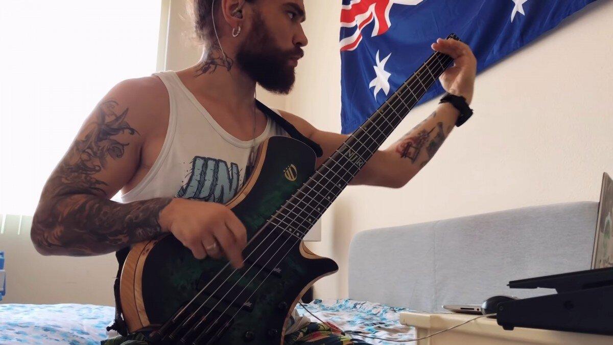 Regardez le bassiste de Jinjer jouer Pit Of Consciousness !
