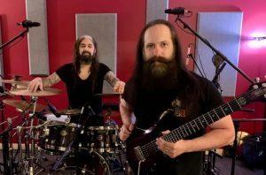 John Petrucci de Dream Theater ne veut pas que les fans pensent que Mike Portnoy va revenir dans le groupe