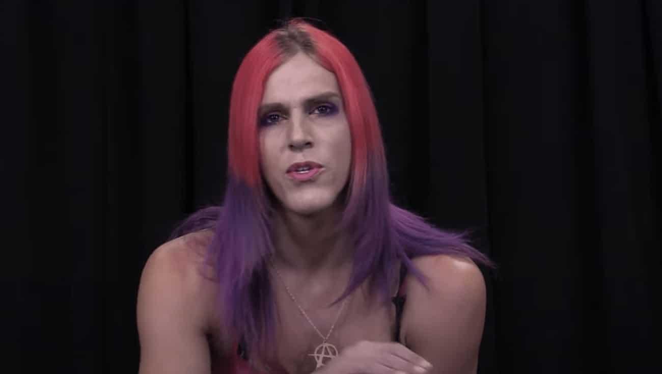 Cette métalleuse trans et sataniste a remporté la nomination républicaine pour le poste de shérif du comté du New Hampshire