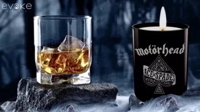 La bougie officielle Ace of Spades de Motörhead sent le whisky