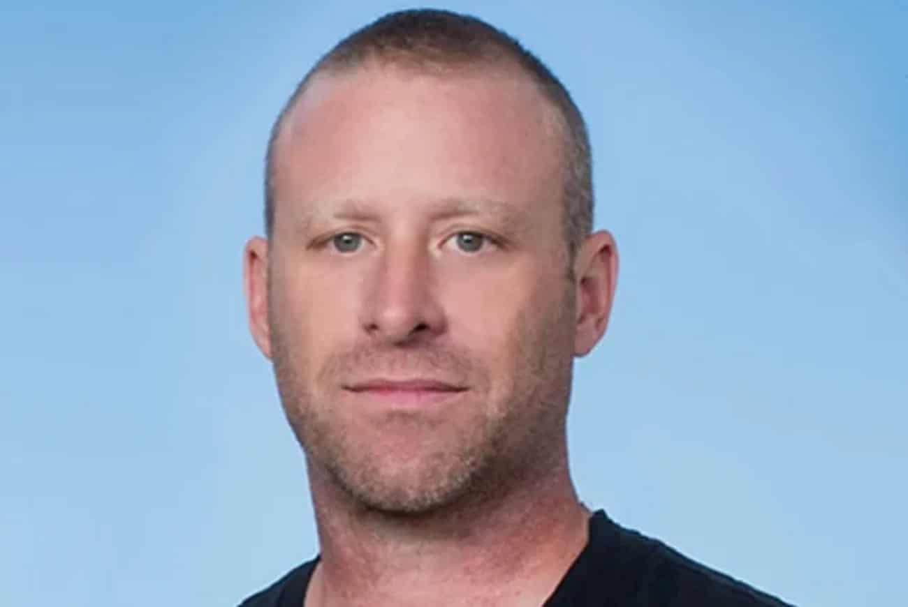 """Mike Kroeger de Nickelback espère que le prochain album du groupe sera """"plus lourd"""" : """"C'est ce qui me fait vibrer"""""""