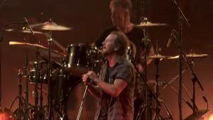 Regardez Pearl Jam jouer Alive en live (extrait de The Home Shows)