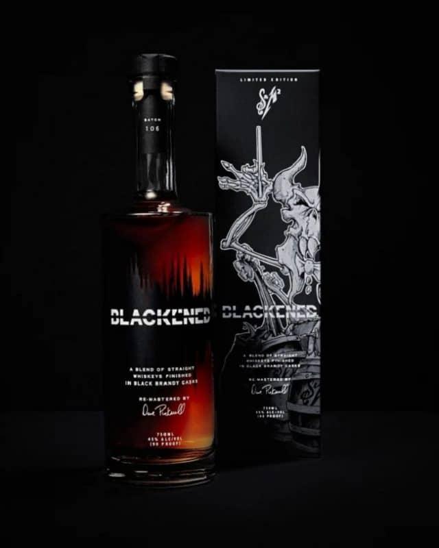 Metallica a utilisé la playlist de S&M2 pour le lot 106 de son whisky Blackened