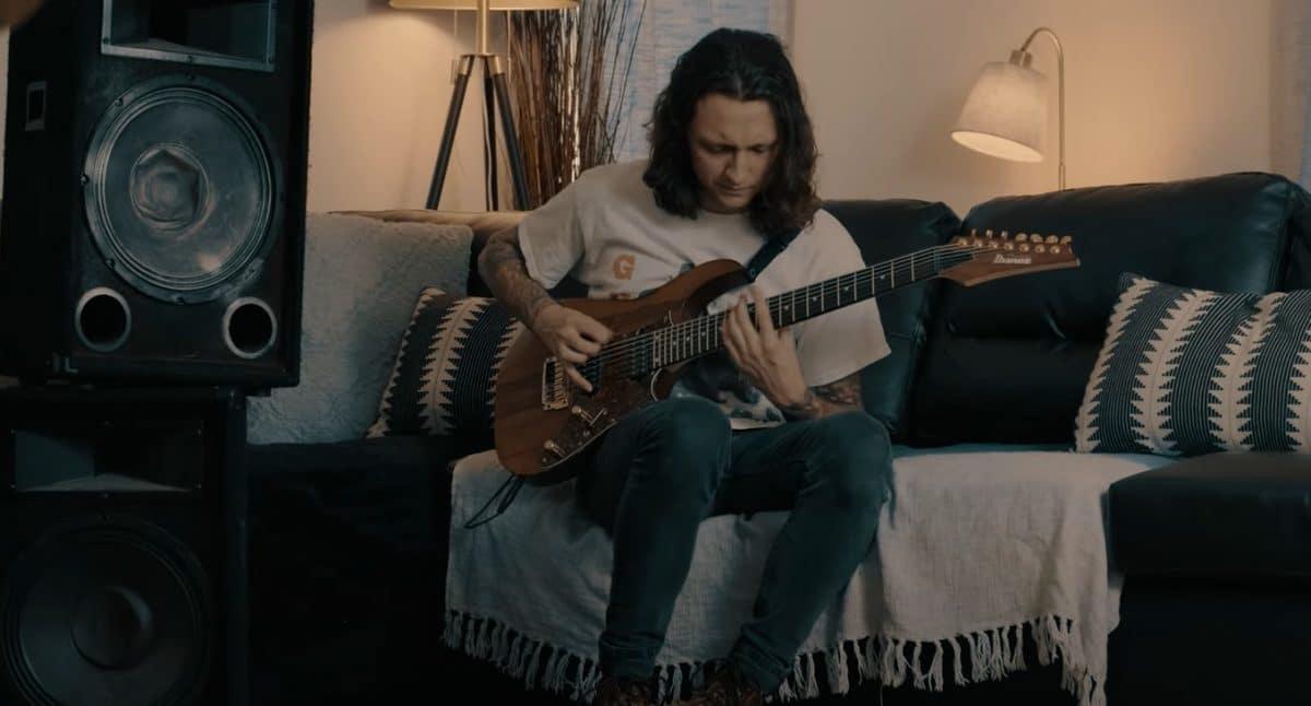 Erra publie un playthrough de Snowblood avec Jesse Cash à la guitare