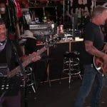 Metallica partage un extrait de Live & Acoustic From HQ, son prochain événement caritatif en streaming