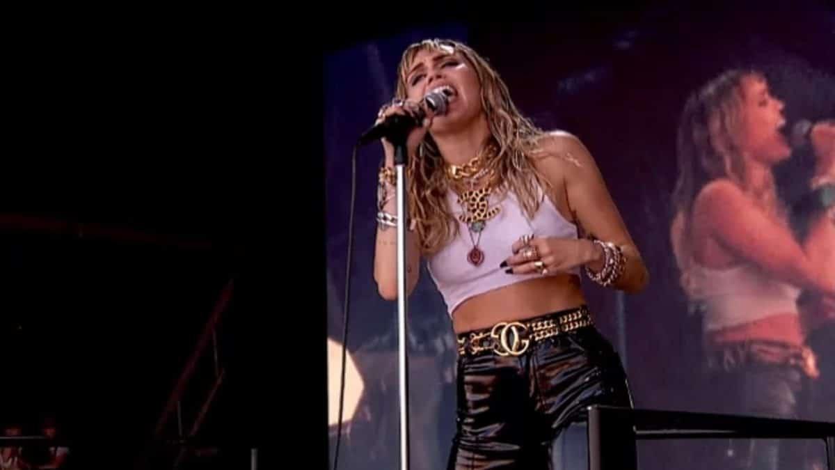 Miley Cyrus travaille sur un album de reprises de Metallica