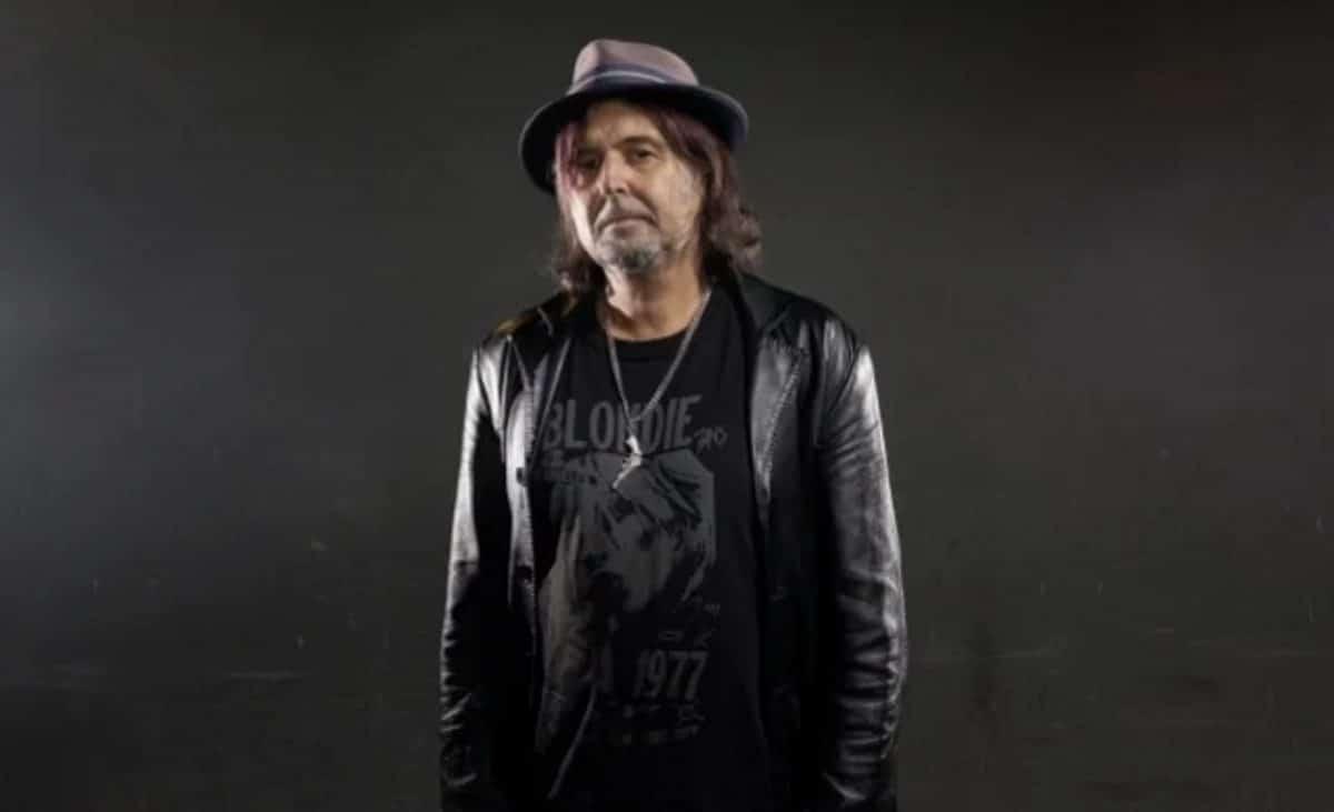"""Phil Campbell de Motörhead est sobre depuis trois ans : """"Il m'a fallu 10 ans pour y arriver"""""""