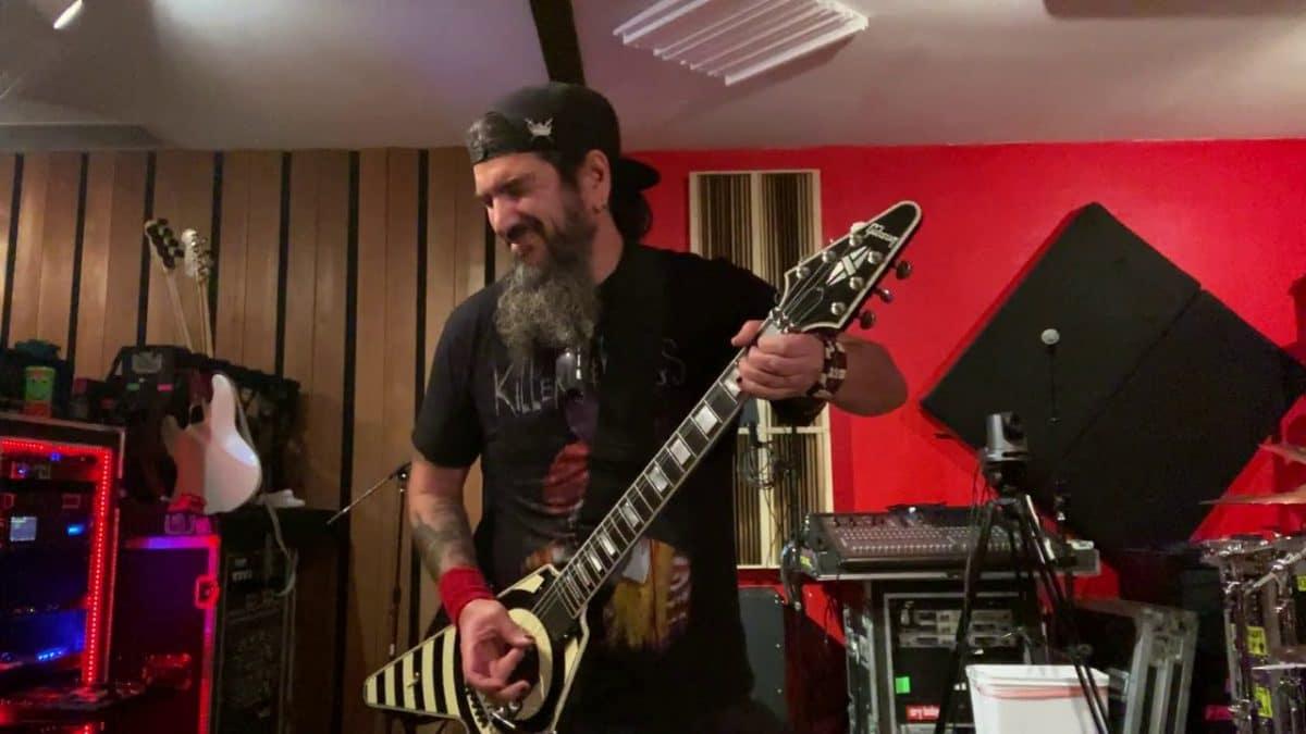 Robb Flynn de Machine Head rend hommage à Eddie Van Halen en reprenant Eruption