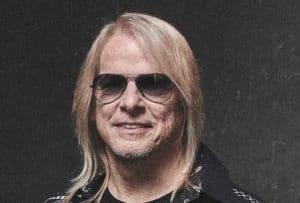 """Steve Morse de Deep Purple : """"Je ne planifie pas vraiment mes solos ; ce n'est pas vraiment un solo si vous le planifiez"""""""