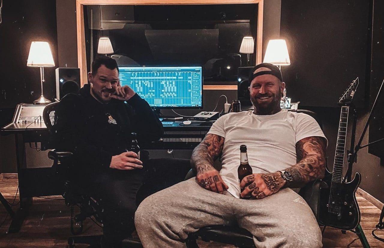 Any Given Day travaille sur de la nouvelle musique en studio