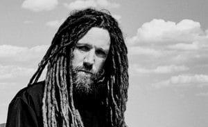 """Brian """"Head"""" Welch de Korn explique pourquoi il a décidé de reprendre une chanson de DJ Snake & Justin Bieber"""
