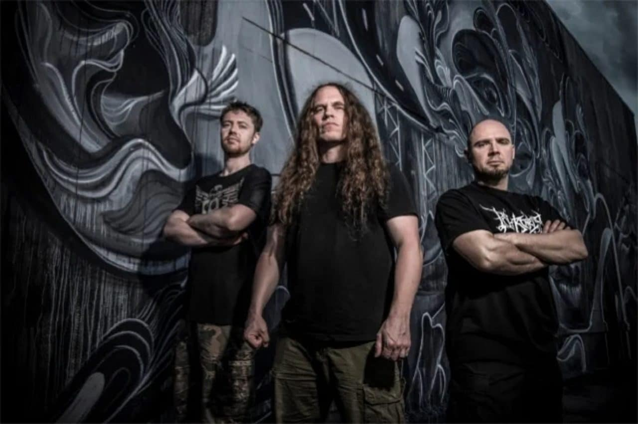 Hate Eternal sort la version instrumentale de son album Upon Desolate Sands
