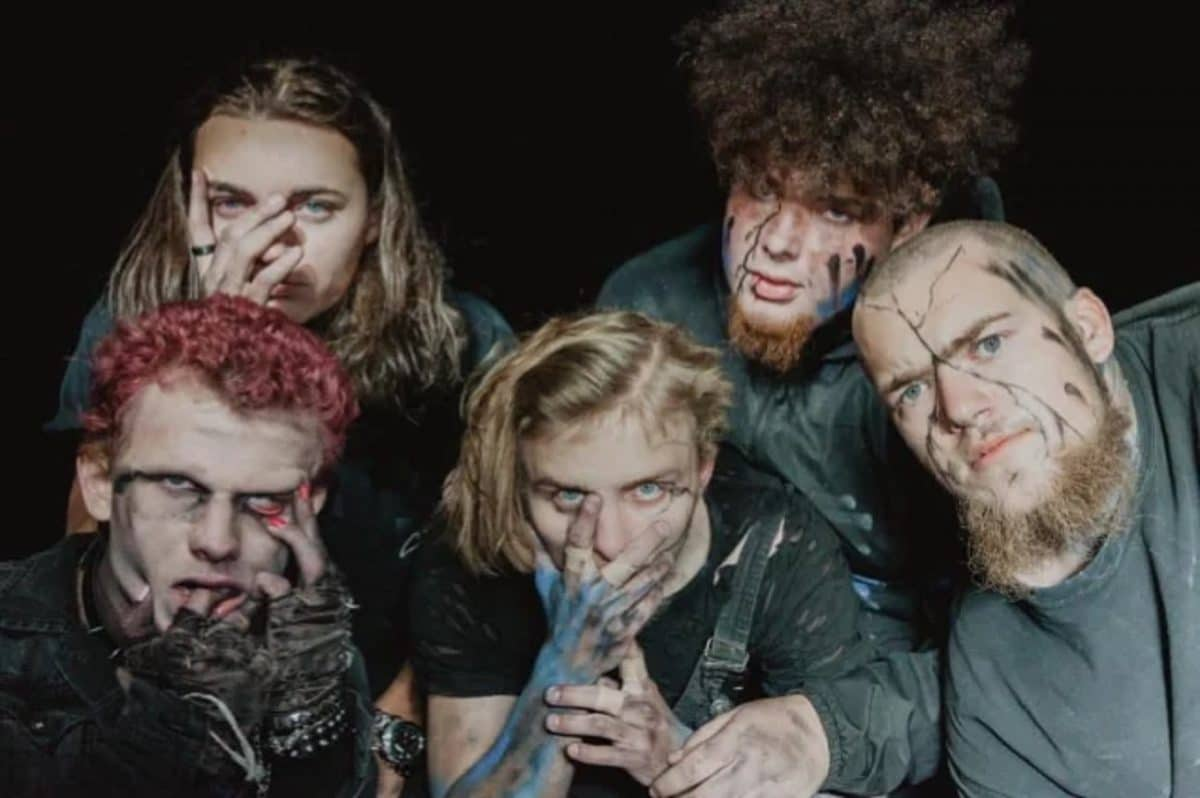 Regardez Vended (avec les fils de Corey Taylor et de Shawn Crahan) jouer au Pulse Of The Maggots Fest