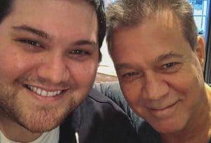 Le premier single solo de Wolfgang Van Halen, Distance, est dédié à son père Eddie Van Halen