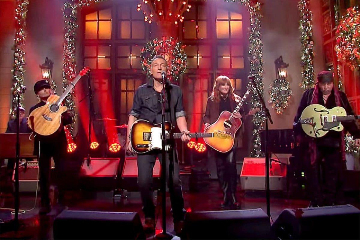 Regardez Bruce Springsteen réuni avec le E Street Band sur SNL