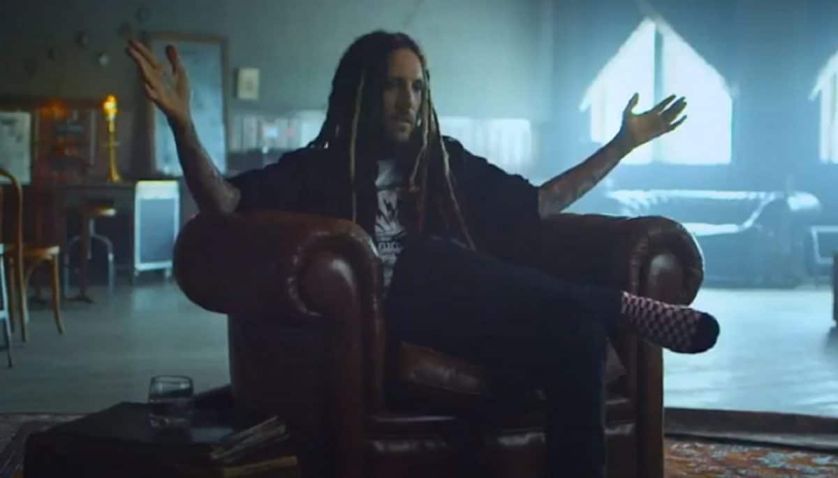"""Brian """"Head"""" Welch, de Korn, déclare qu'Alpha Wolf est son groupe préféré de 2020"""