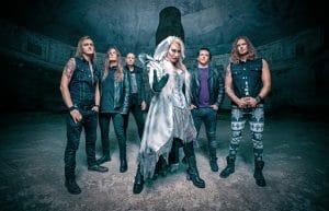 Battle Beast signe à nouveau avec Nuclear Blast ; la chanteuse Noora Louhimo va sortir un album solo en mars