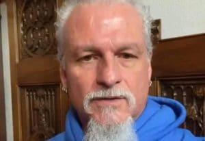 Jon Schaffer, de Iced Earth, fait partie des personnes recherchées par le FBI dans le cadre d'activités violentes au Capitole américain