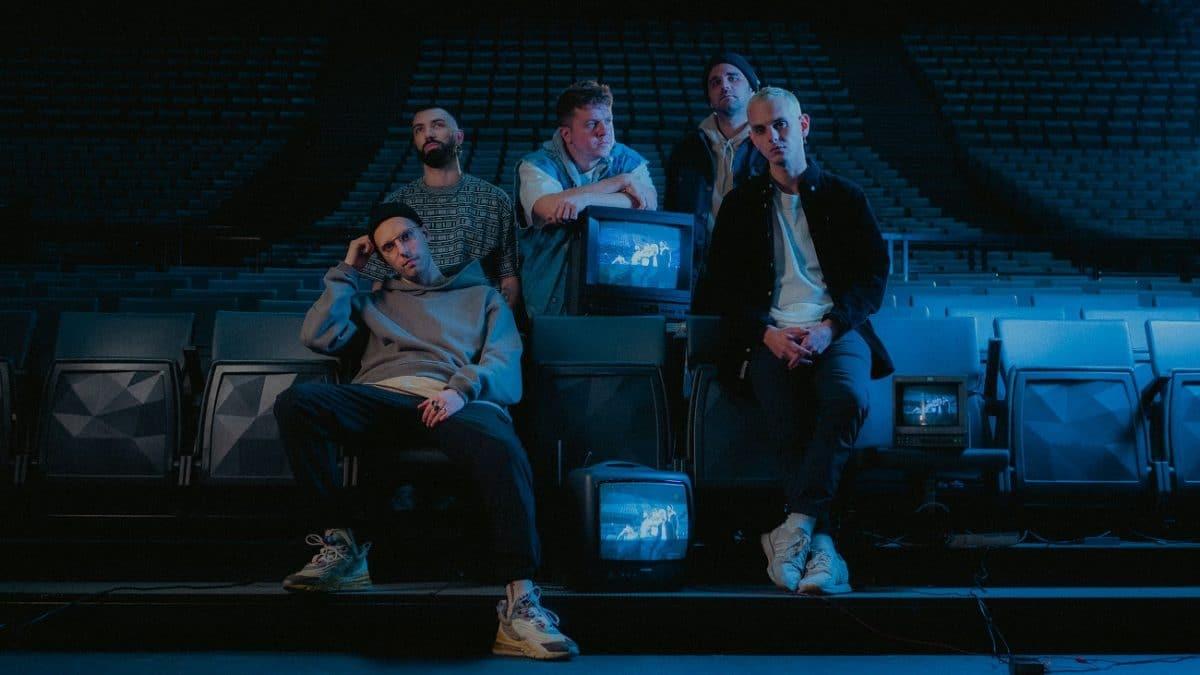 Landmvrks publie un clip vidéo à l'Accor Arena pour son nouveau single, Paralyzed