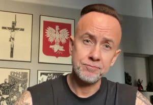 """Nergal de Behemoth fustige l'interdiction controversée et quasi totale de l'avortement en Pologne : """"Nous retournons vers un passé obscur, effrayant et médiéval"""""""