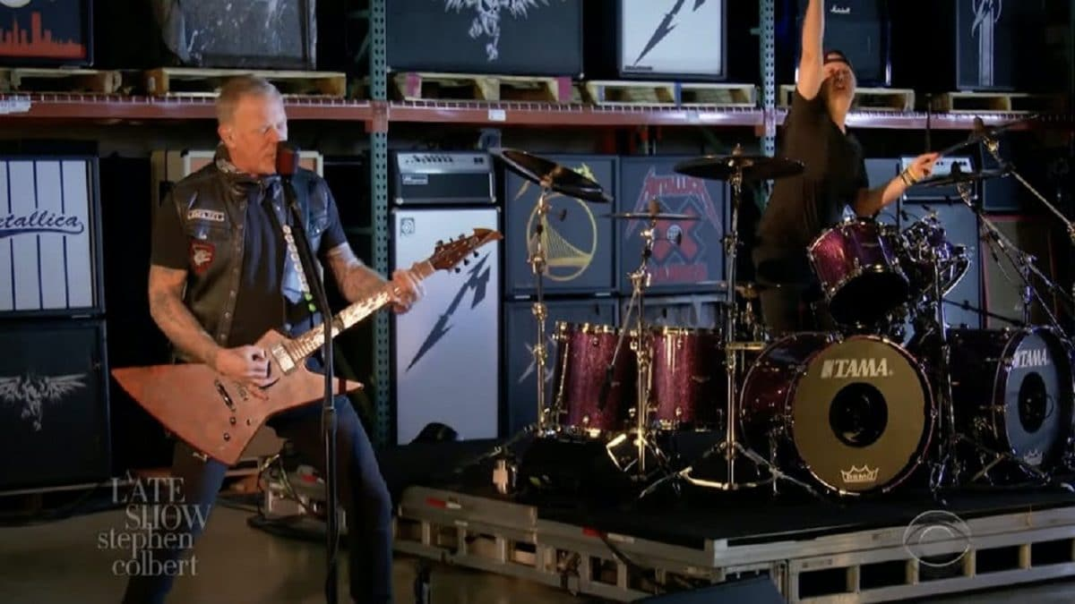 Regardez Metallica jouer Enter Sandman sur The Late Show with Stephen Colbert !