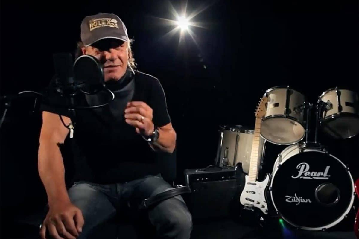 AC/DC : Brian Johnson révèle comment une publicité pour un aspirateur lui a permis de rejoindre le groupe de Rock