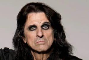 """Alice Cooper revient sur la défaite de Metallica face à Jethro Tull aux Grammys : """"Je croyais qu'on m'avait donné la mauvaise enveloppe"""""""