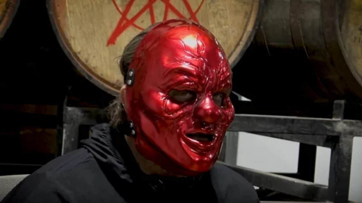 """Shawn """"Clown"""" Crahan de Slipknot sur le processus de conception des masques : """"Le plus gros se fait dans notre tête"""""""