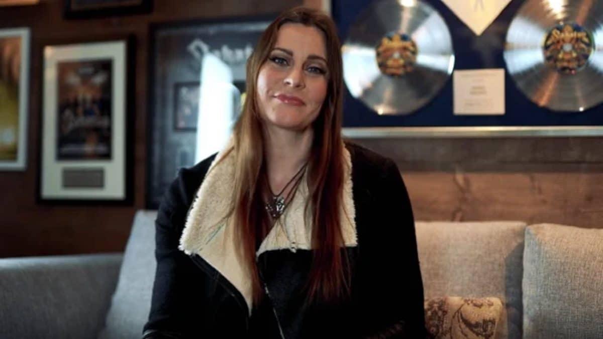 Que pense Floor Jansen de Nightwish de toutes les vidéos de réactions à Ghost Love Score ?