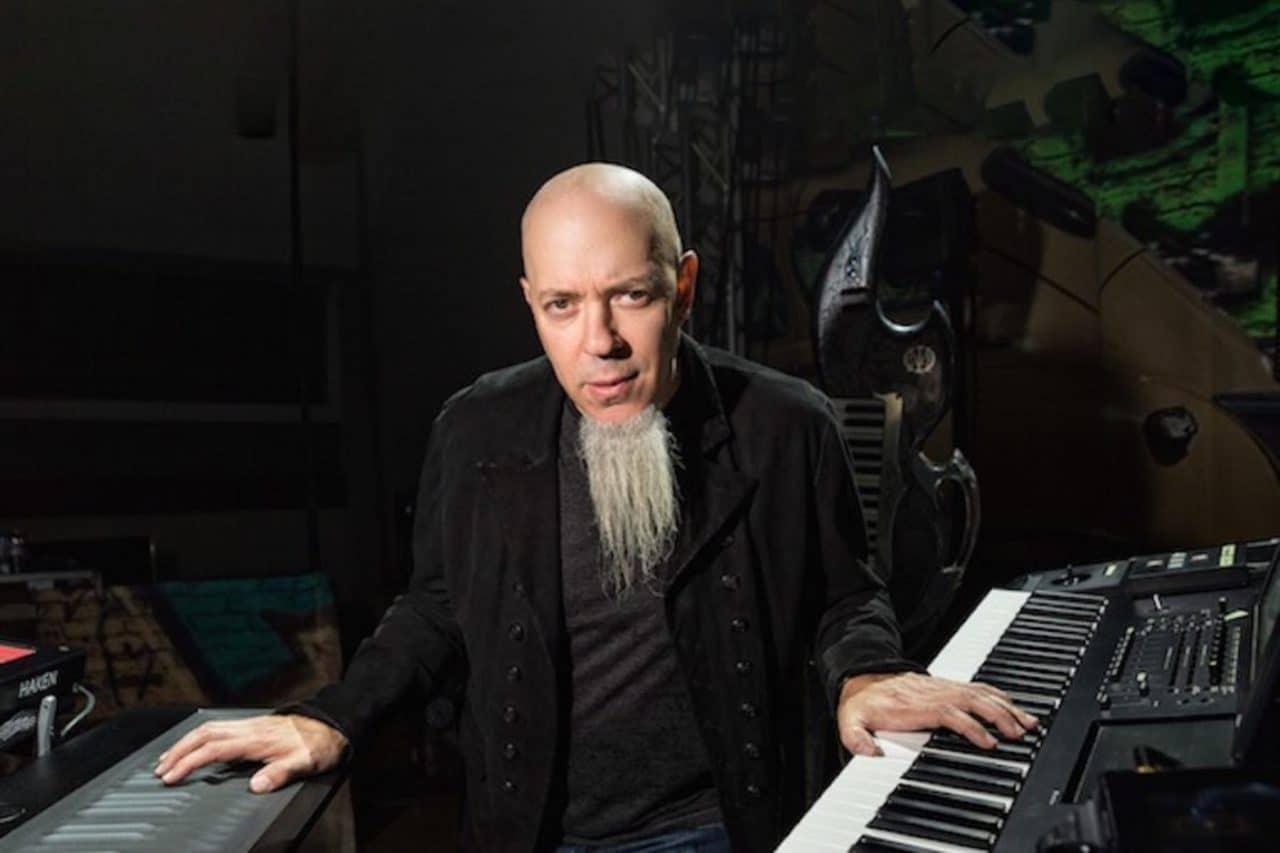 """Le conseil du claviériste de Dream Theater aux musiciens en herbe : """"Ne comptez pas sur la musique comme principale source de revenus"""""""