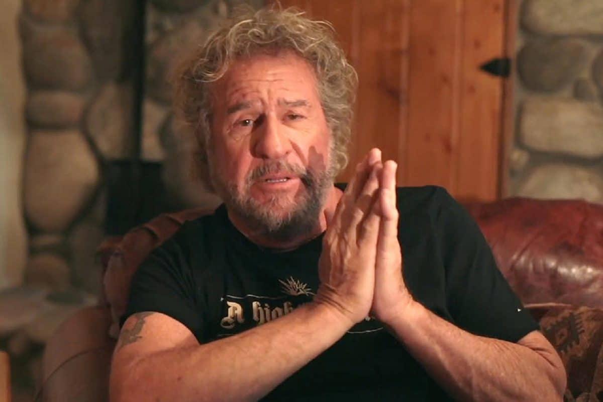 """Sammy Hagar dit qu'il s'est """"effondré"""" quand Eddie Van Halen est mort"""