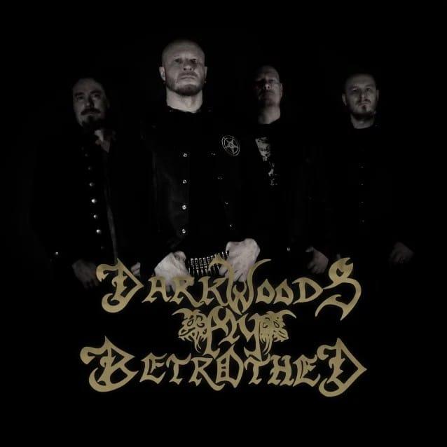 Tuomas Holopainen de Nightwish va sortir un nouvel album de son projet Black Metal, Darkwoods My Bethrothed