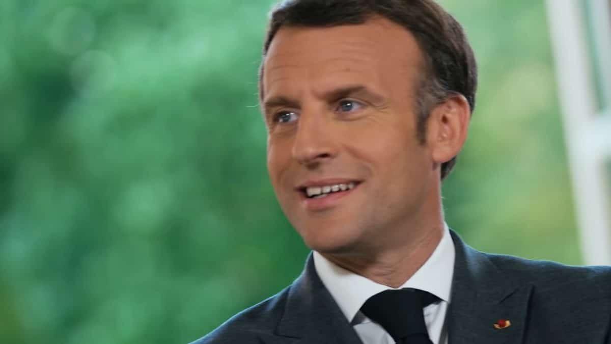 Le président Emmanuel Macron assiste à un concert de Ultra Vomit à l'Elysée