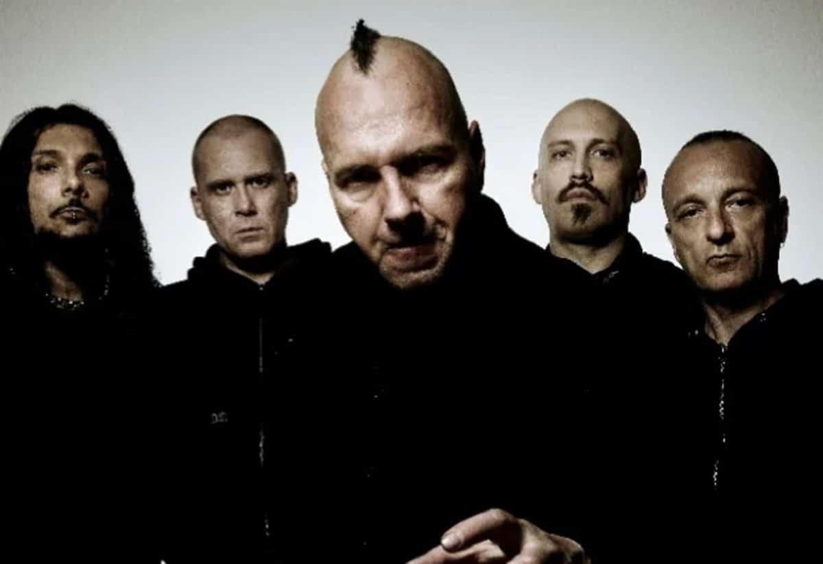 Mayhem annonce un EP intitulé Atavistic Black Disorder / Kommando