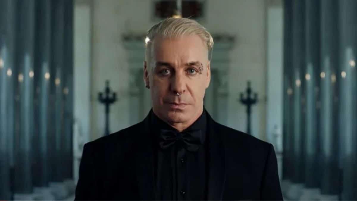 """Till Lindemann de Rammstein va sortir un single solo intitulé Ich Hasse Kinder (""""Je déteste les enfants"""")"""