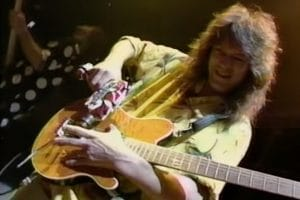 Van Halen a sorti Poundcake il y a 30 ans !