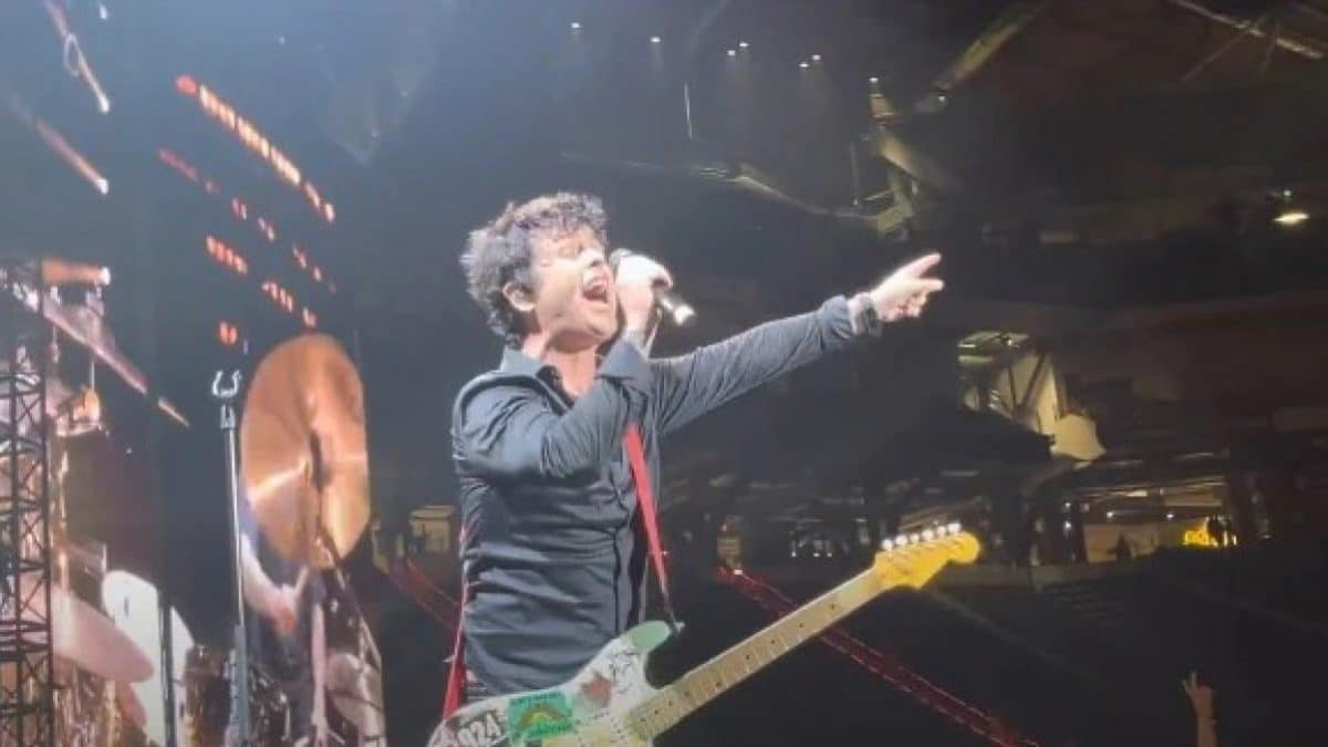 Regardez Green Day reprendre Rock And Roll All Nite de Kiss : Paul Stanley et Gene Simmons approuvent !