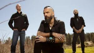 """Les membres de Killswitch Engage voulaient montrer """"un côté plus personnel et plus sombre"""" sur le nouvel album de Times Of Grace"""