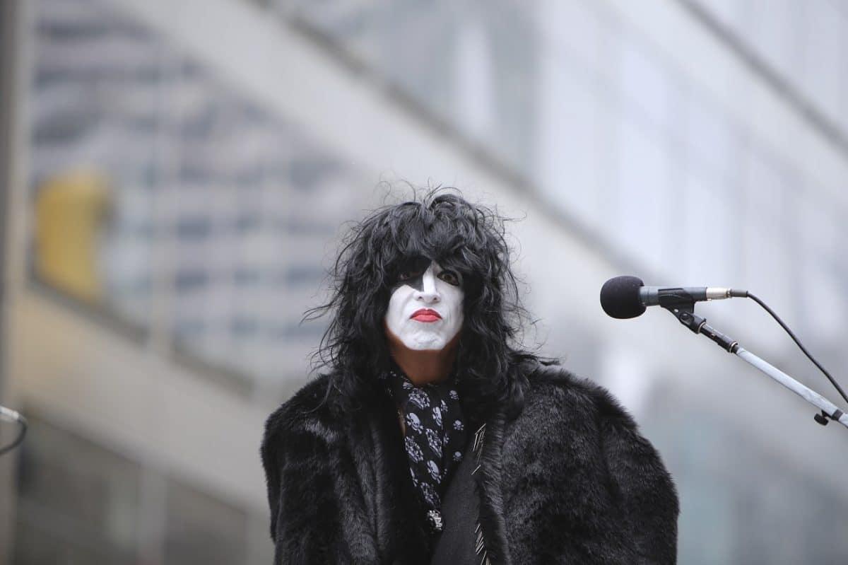 """Paul Stanley de Kiss : """"Comment peut-on ne pas être un fan de Metallica ?"""""""