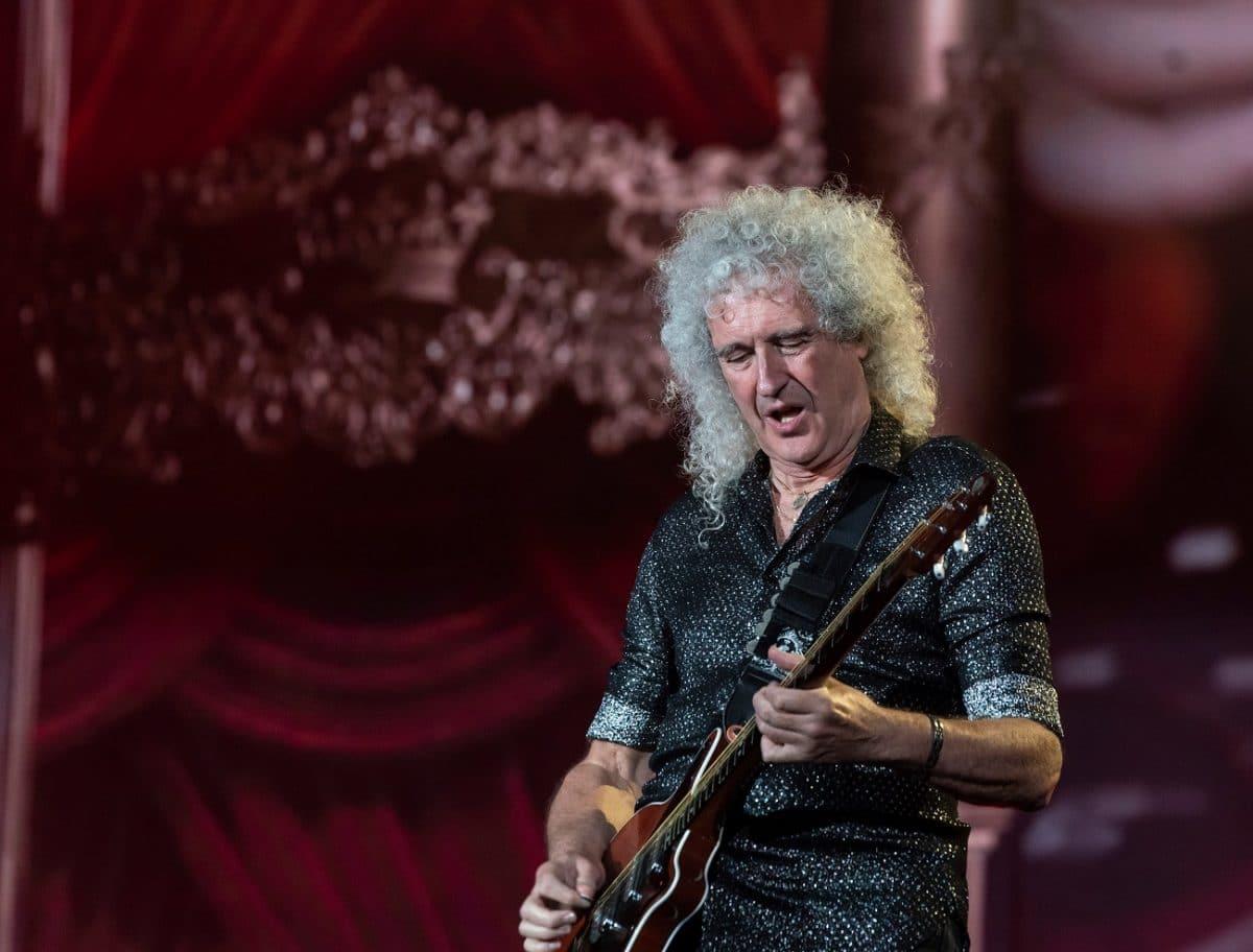 """Brian May de Queen sur les anti-vax : """"Je pense qu'ils sont cinglés"""""""