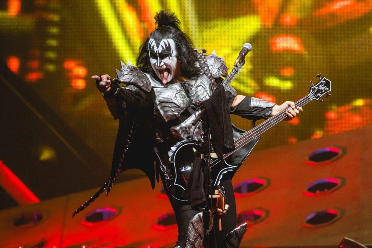"""Gene Simmons de Kiss : """"Je ne suis pas inquiet si un idiot attrape le virus et meurt"""""""