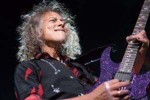 """Kirk Hammett, de Metallica, à propos de l'écriture du Black Album : """"On voulait un Back In Black"""""""