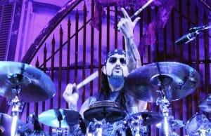 """Mike Portnoy à propos de la discographie de Dream Theater : """"Je peux jouer les chansons les plus difficiles en mangeant un sandwich au thon"""""""