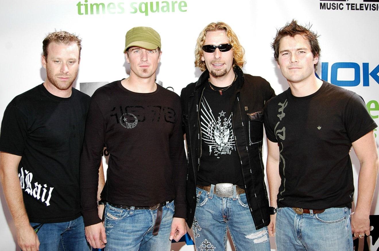 Nickelback va apparemment être poursuivi en justice pour les droits d'auteur de son énorme succès, Rockstar