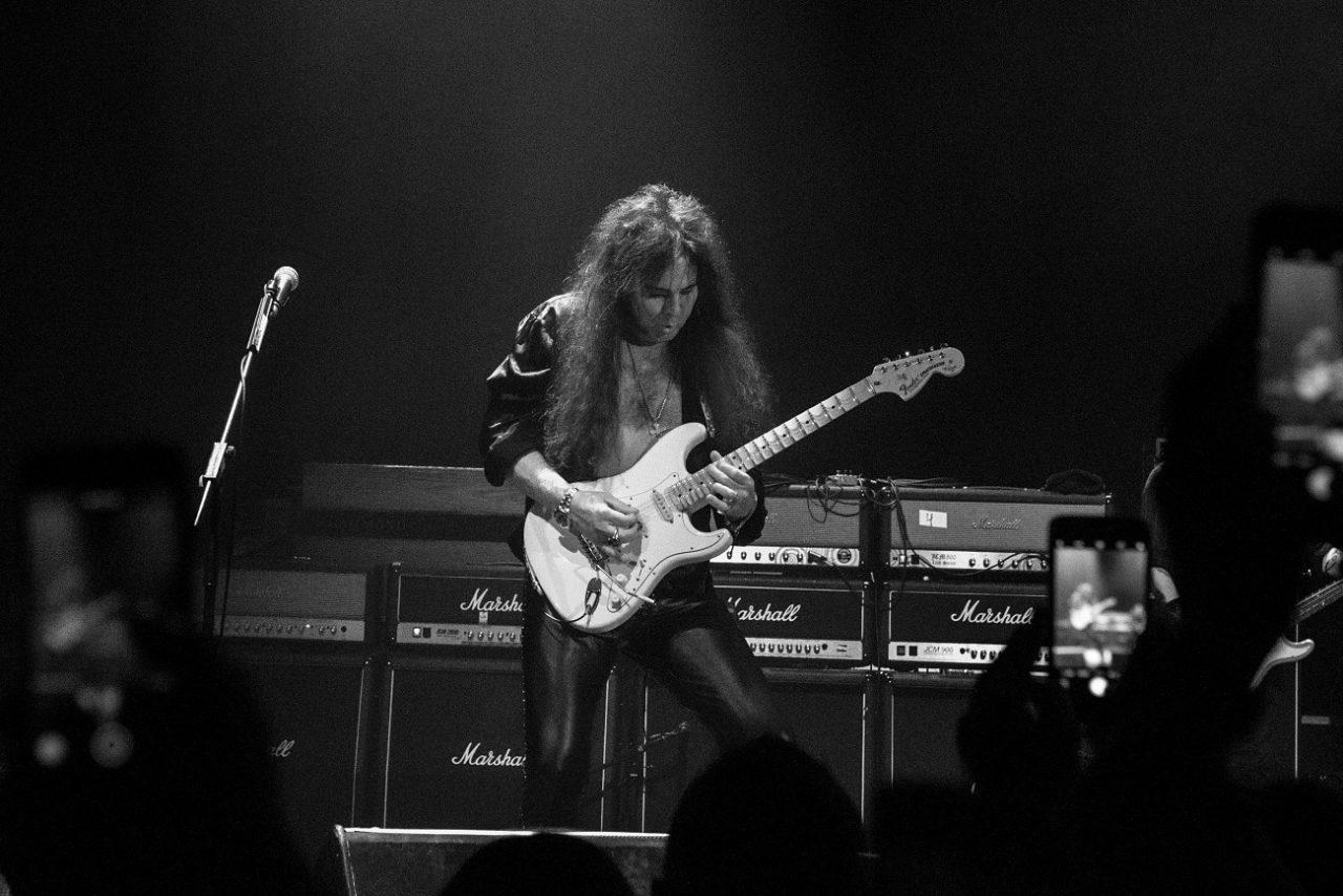 """Yngwie Malmsteen explique pourquoi il n'a pas rejoint Kiss et déclare que le leader de Deep Purple """"ne l'aime pas"""""""