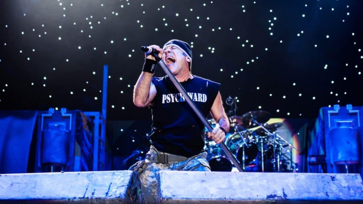 Bruce Dickinson, de Iron Maiden, affirme que son prochain album solo est en préparation depuis trois ou quatre ans